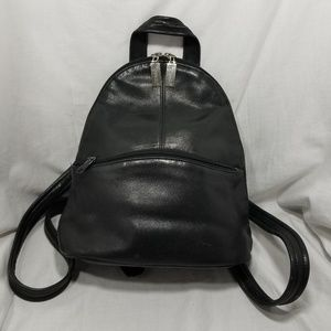 A9,516 Tignanello Backpack Bag Leather Black